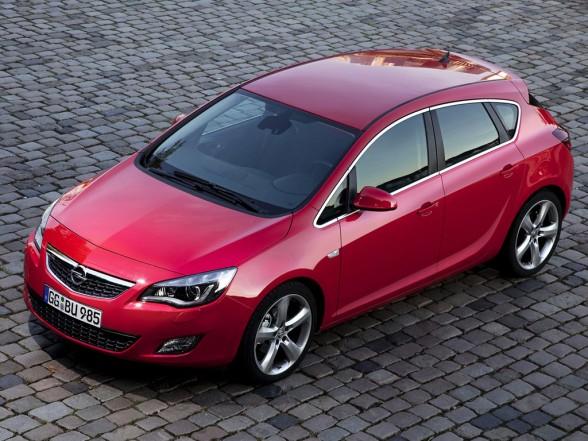 Noul Opel Astra costa 12.750 de euro cu TVA